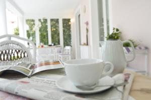 Colazione in veranda al Villa Amelia B&B